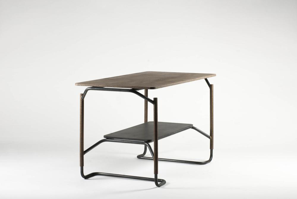 MADE528 / TUBE - Table, B