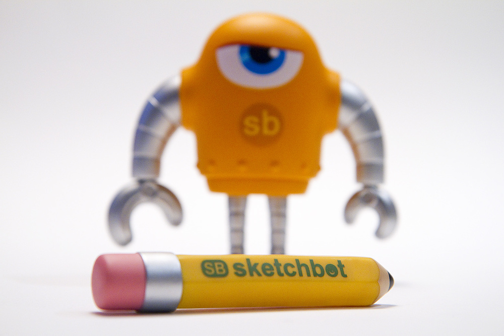 Sketchbot_V1_pencil_featured.jpg