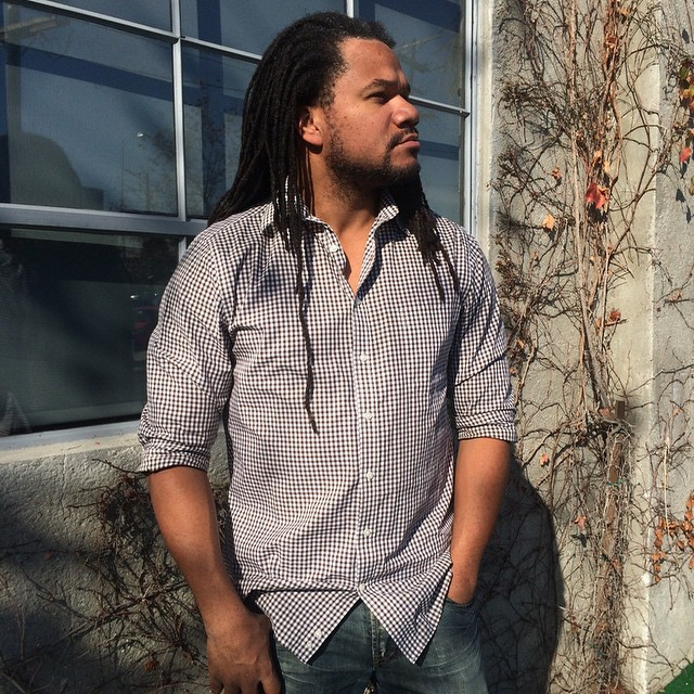 Looking forward to the weekend is an understatement: @jayarjackson is ready to #workhard today then #playharder tonight in his versatile  @thatjcrewginghamshirt!  #officefashion #tytlive #tytlife