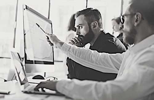 NUESTROS APORTES - El estudio posee aproximadamente 15 reactivos (ítems / preguntas de investigación)/ Datincorp incorpora 12 reactivos, los cuales serán permanentes para cada estudio, y sirven como marco de investigación para definir el perfil general de los consumidores. El perfil surge de 3 categorías de variables: A. Perfil demográfico de los entrevistadosB. Hábitos comunicacionales de los consumidoresC. Expectativas-país, evaluación del desempeño económico y político del país.