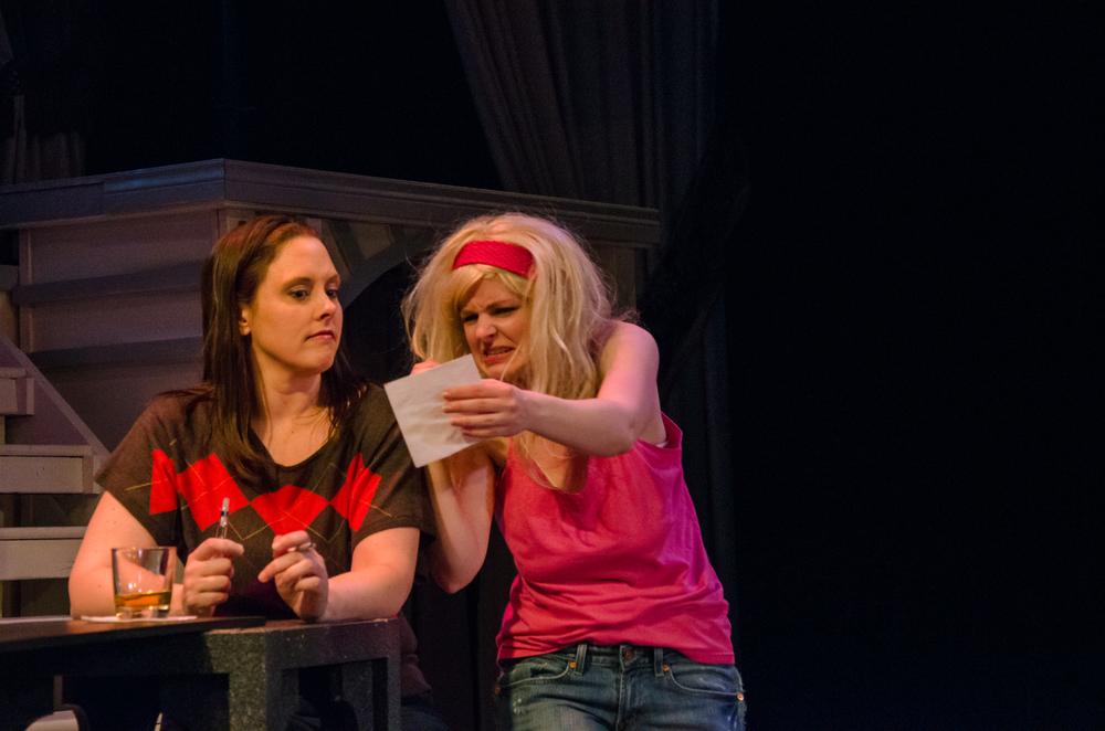 Jessica (Tara Herweg-Mann), Barfly (Kathryn Miller)