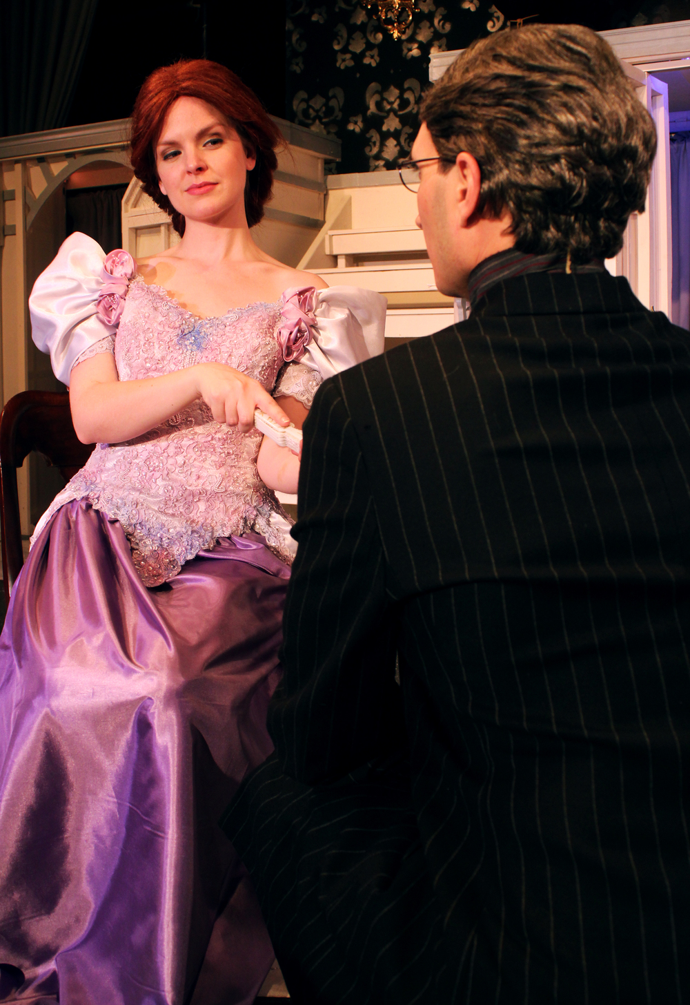 Mrs. Cheveley (Kathryn Miller), Robert Chiltern (Thomas Weaver)