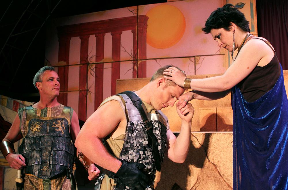 Antony (Philip Wheeler), Scarus (Jeremy Burkett), Cleopatra (Francesca Amendolia)