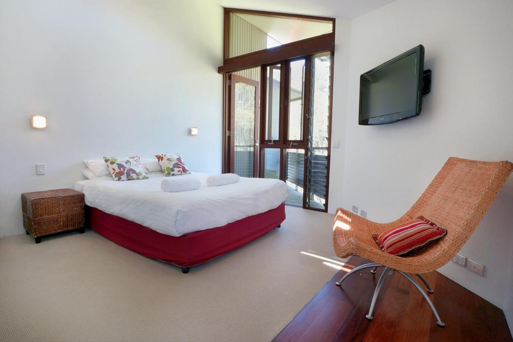 MainBedroom1.jpg