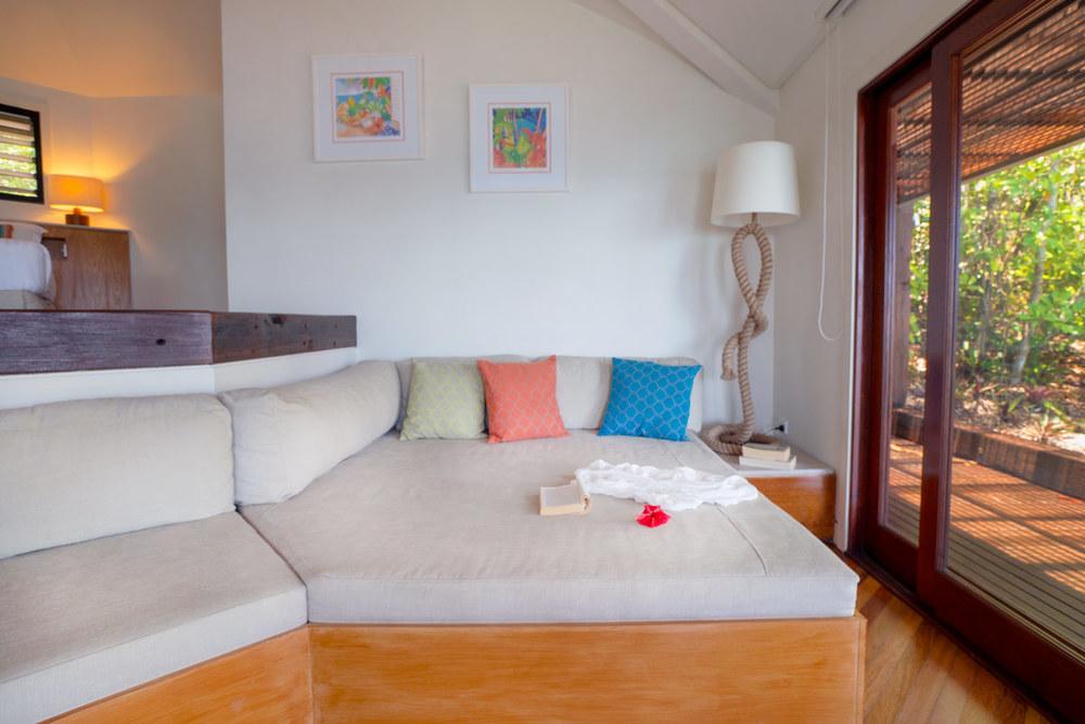 Point Villa lounge room