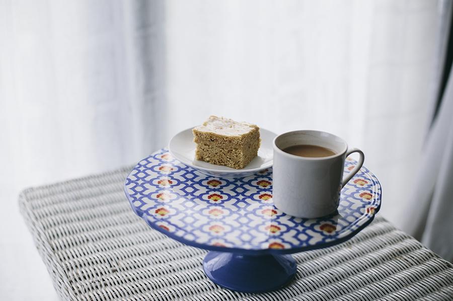 jess lowcher: Chai spice cake 1