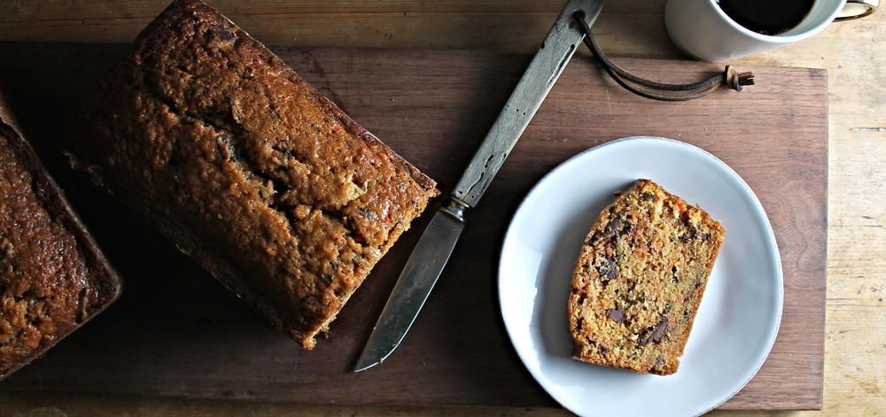 Carrot Chocolate Chunk Bread | www.hungryinlove.com