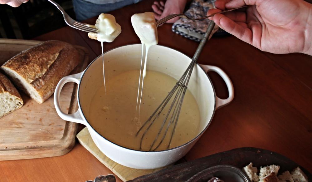 Cheese Fondue | www.hungryinlove.com