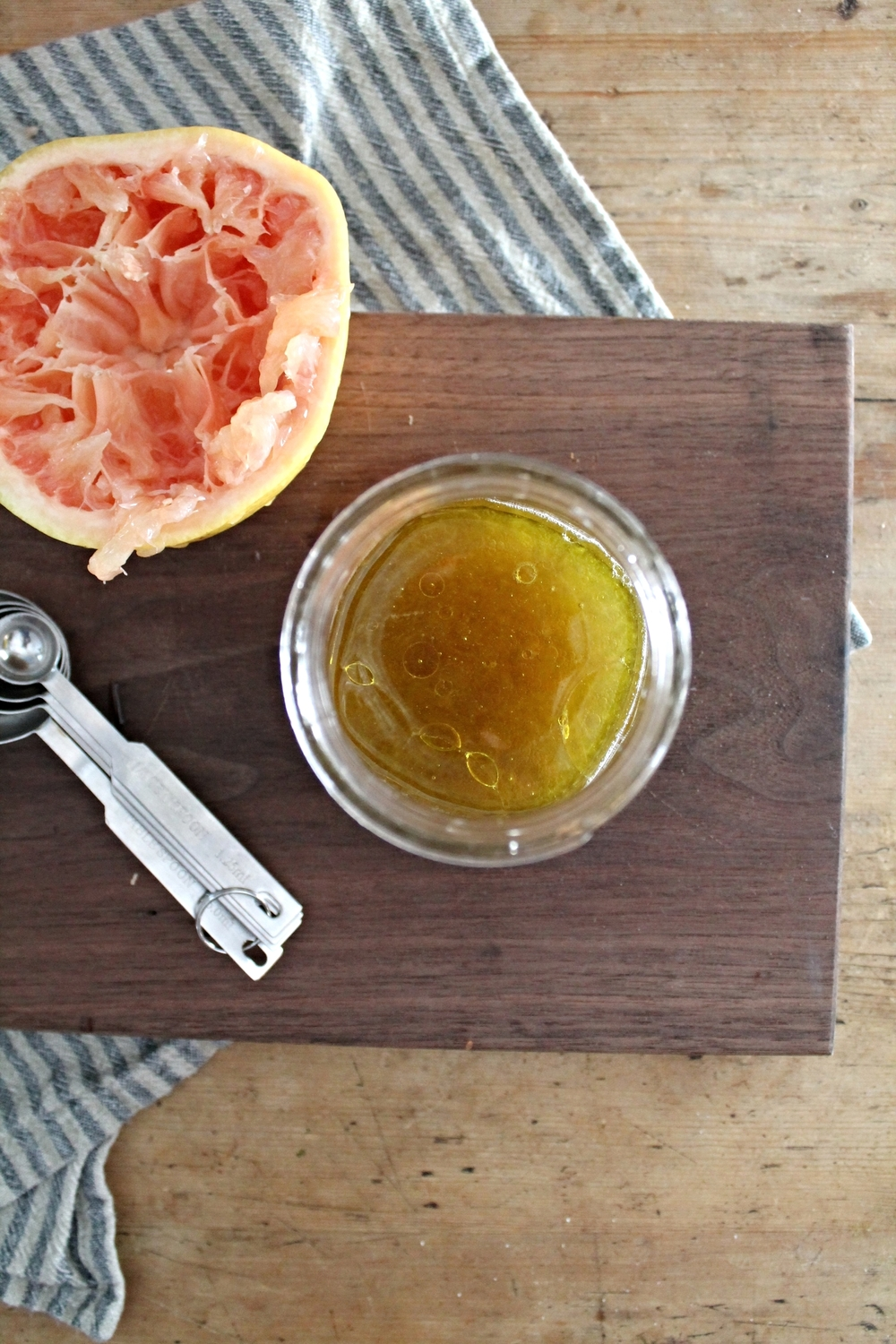 Grapefruit Vinaigrette | www.hungryinlove.com