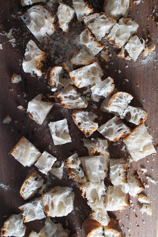 Panzanella Bread | www.hungryinlove.com