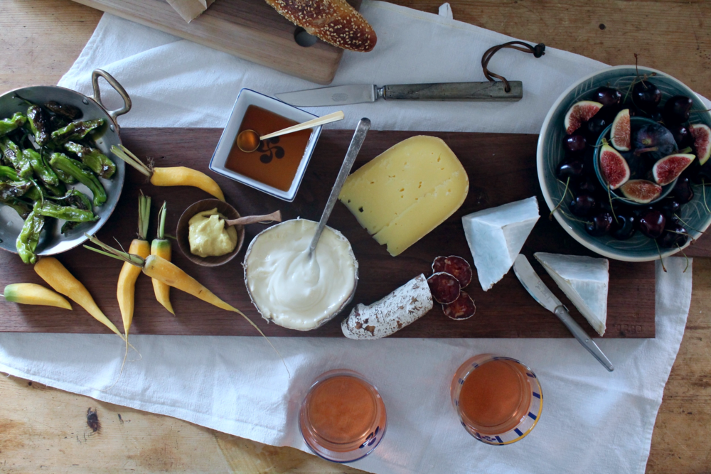 New England Summer Cheese Plate | .hungryinlove.com : making a cheese plate - Pezcame.Com