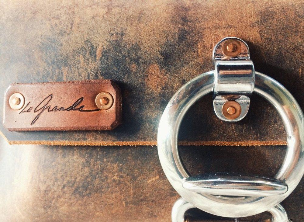 handmade leather purse_duncan.JPG