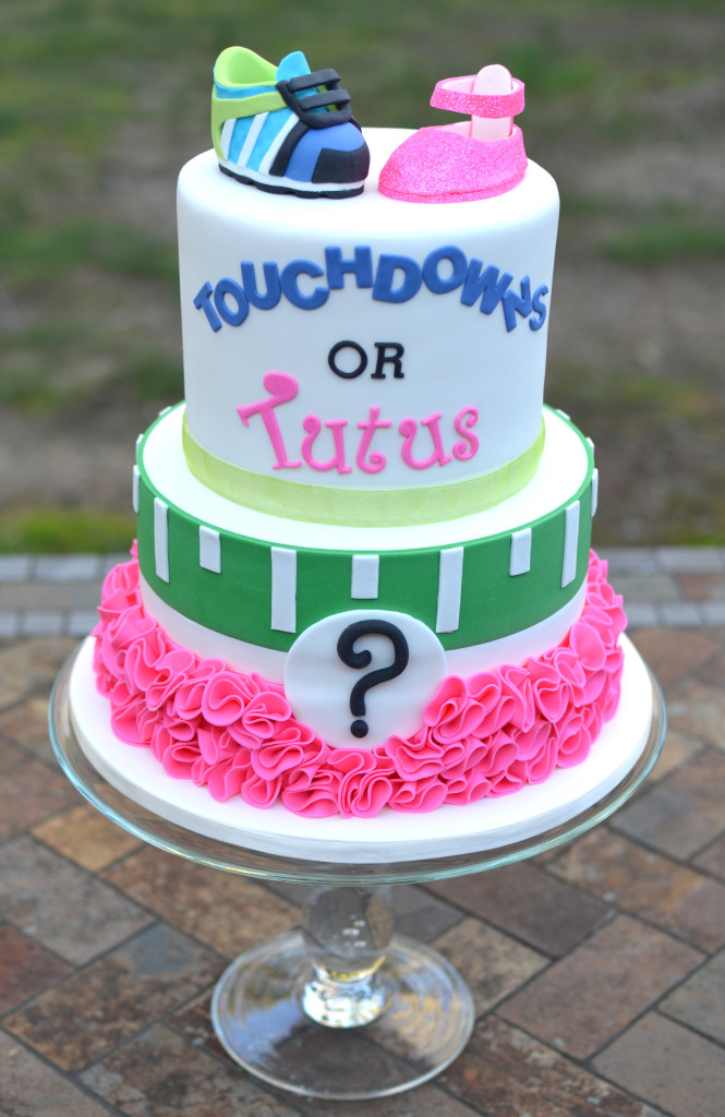 football gender reveal cake2.jpg
