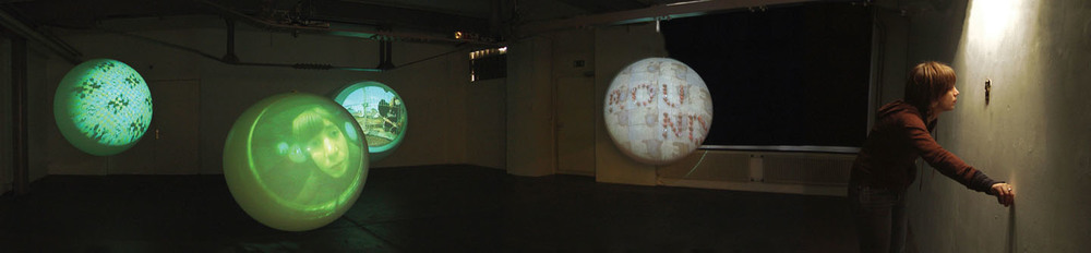 A view to the Planets 2006, Solo exhibition Forum Vebikus, Schaffhausen. Photo: Stefanie Loher