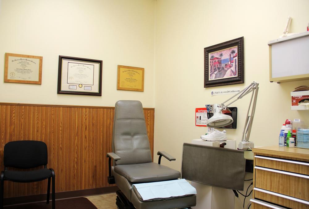 treatmentroom1.jpg