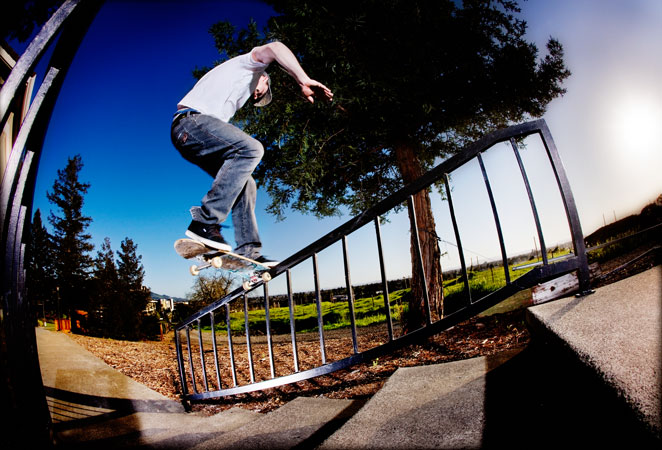 Frontside Noseslide during some rare free time. photo:Gaberman