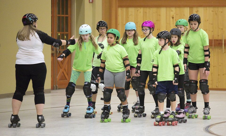 ACRD's Junior Derby practing a pack drill with Coach Mama Kel Photo credit- Mike Bonnicksen, Wenatchee World