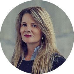 Joanna Bakas, Managing Partner at LHBS, specialises in consumer insight driven brand and business strategies.
