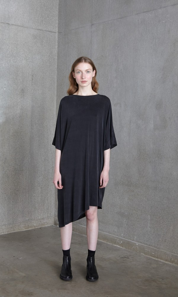 DUNMORE_DRESS_011__63482_std.JPG