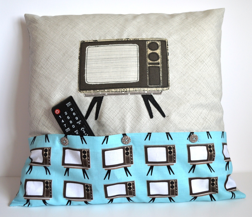 Retro TV Cushion