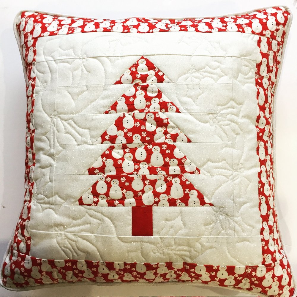Patchwork Christmas Tree Cushion The Crafty Nomad Jo Westfoot Holly Quilting