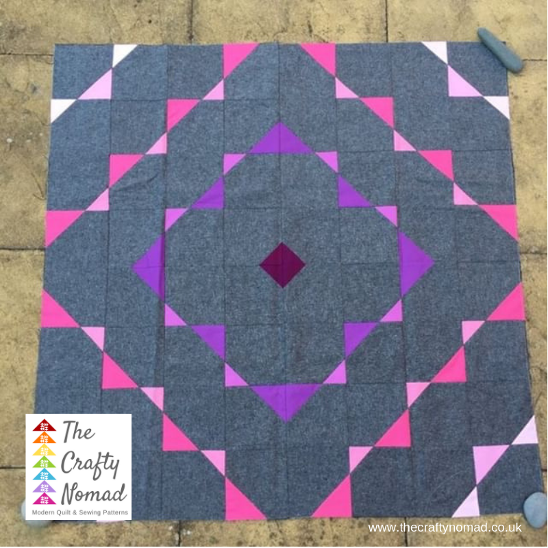 Break out the bunting Quilt pattern Radiating Squares version by Abigail for The Crafty Nomad