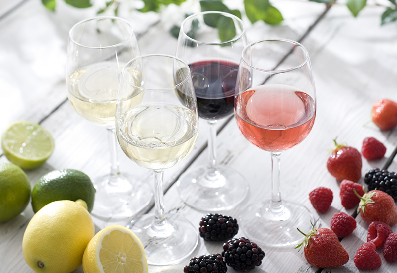 Favorite-Summer-Wines.jpg