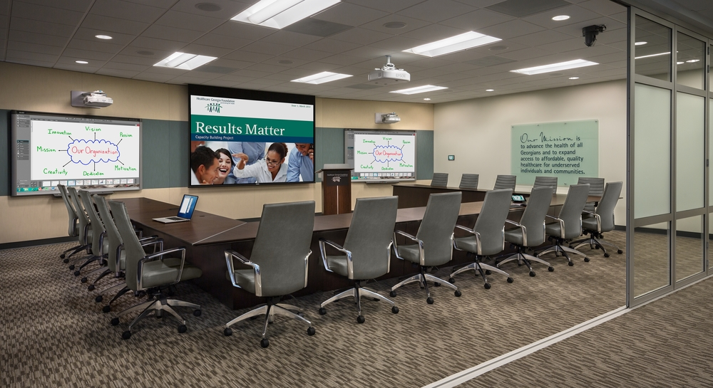 News Avyve - Extra large conference table