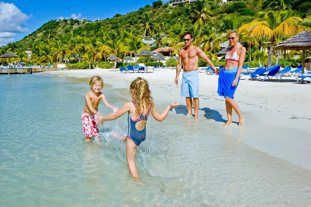 Family-Vacation-Planning.jpg