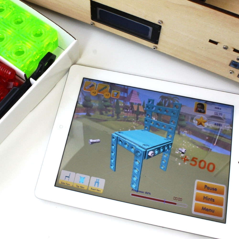 The Ingocraft  app  is a 3D design simulation game that allows kids to learn how to orient 3D space while learning to build with their Ingocraft Parts. It is available on iTunes for iPad and iPhone.