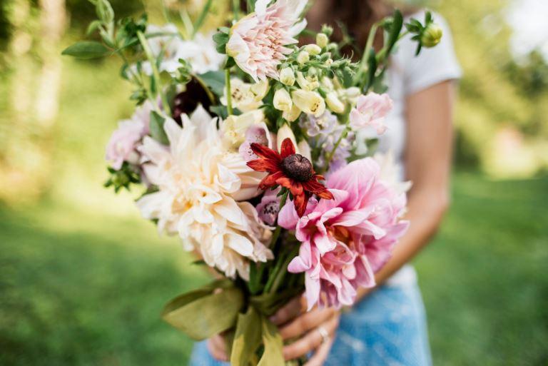 bouquetsmall.JPG