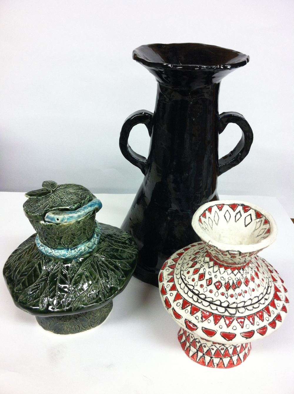 Harriet,Miah,Elise pottery.JPG