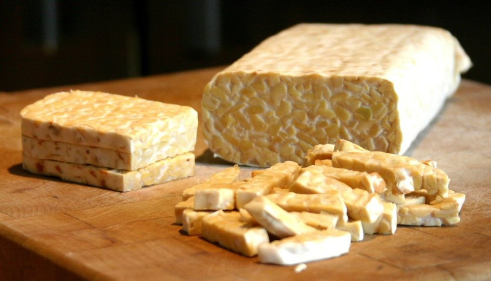 Sliced_tempeh_cropped-1024x587.jpg