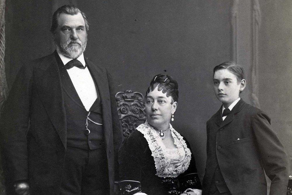 Leland Stanford SR. Jane Lathrop Stanford & Leland Stanford JR.(image Credit Stanford University Archives)