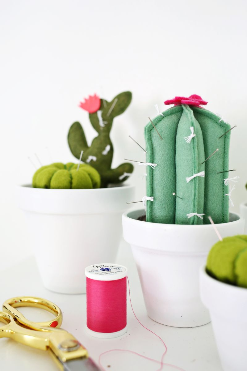 A Beautiful Mess - Cactus Pin Cushion DIY ft on www.chelceytate.com