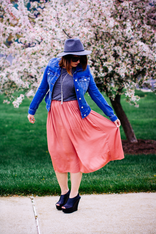 Spring Style - Midi Dress www.chelceytate.com