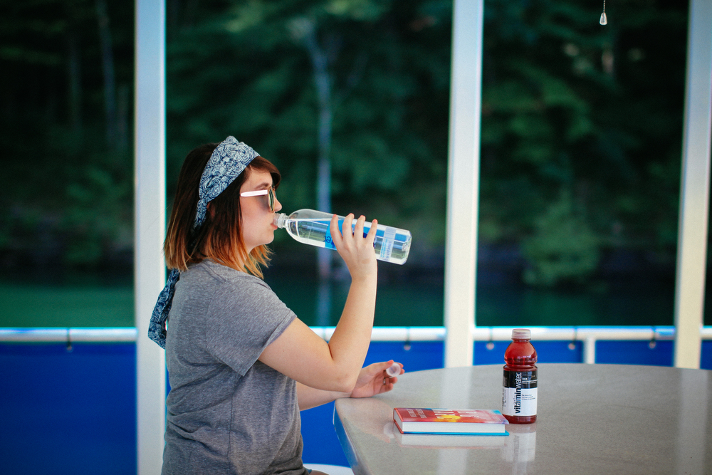 7 Day Hydration Challenge / chelceytate.com + CVS Pharmacy
