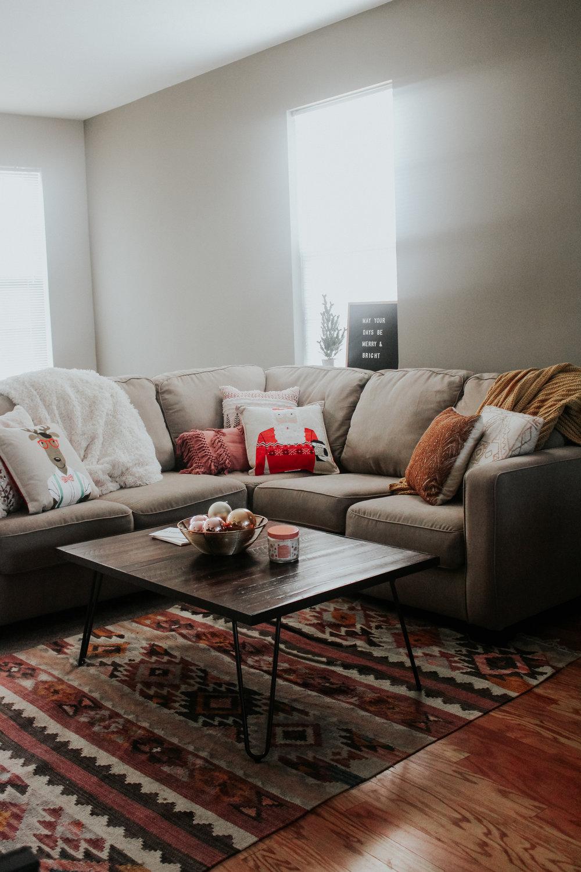 Living Room Christmas Decor Reveal via www.chelceytate.com