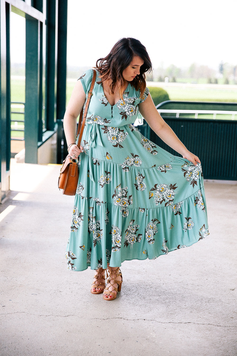@freepeople Spring Dress + FRYE Boho Pieces via chelceytate.com