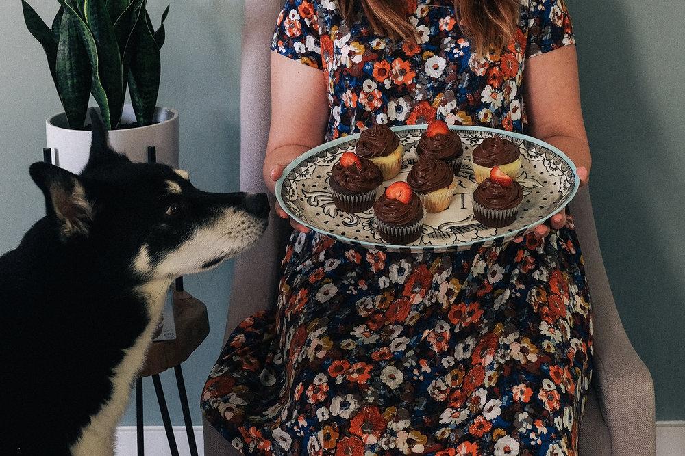 Bake Someone's Day With Pillsbury via chelceytate.com #DoughboySurprise #Sponsored