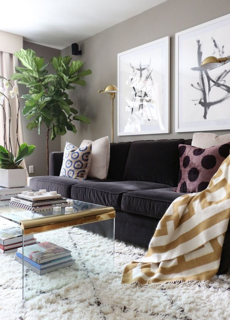 If I could copy and paste this exact look into my living room, I would. Def my #1 inspo. ApartmentTherapy.com