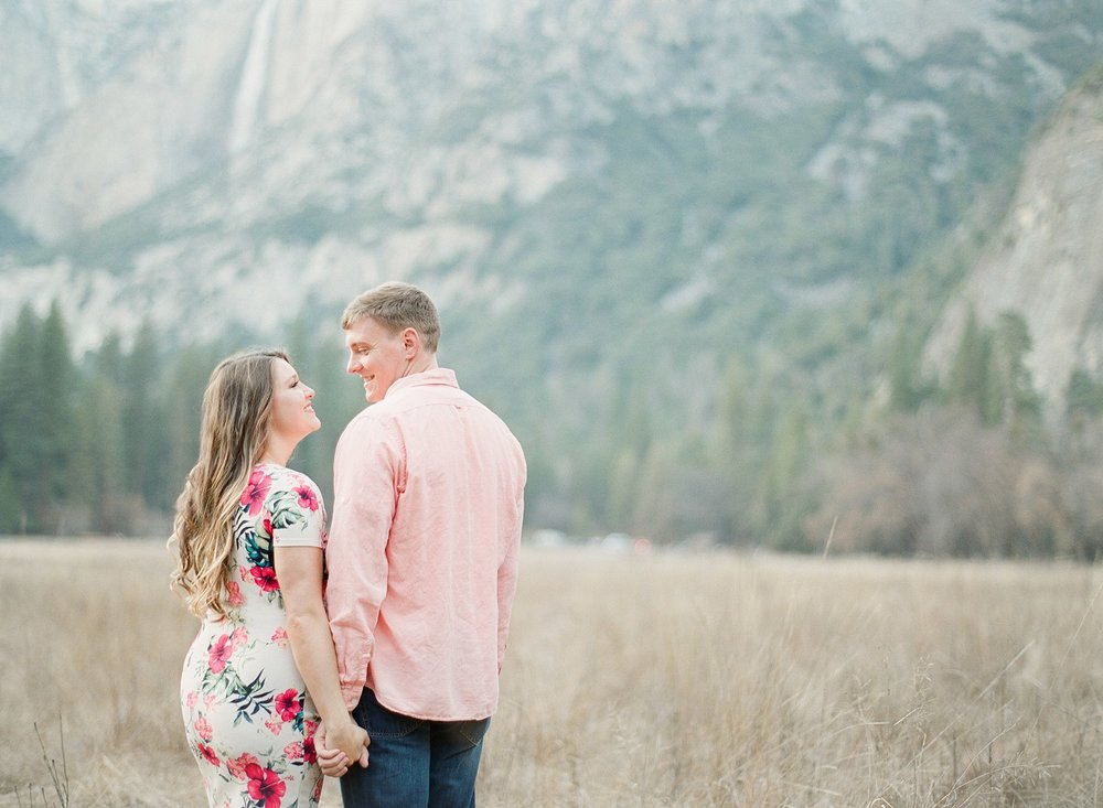 fresno-maternity-photographer
