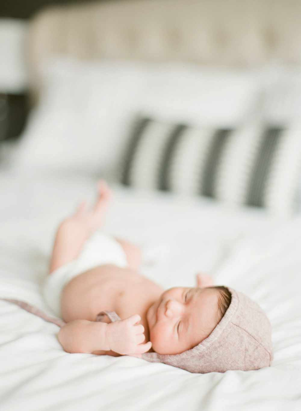 in home lifestyle newborn session clovis, ca
