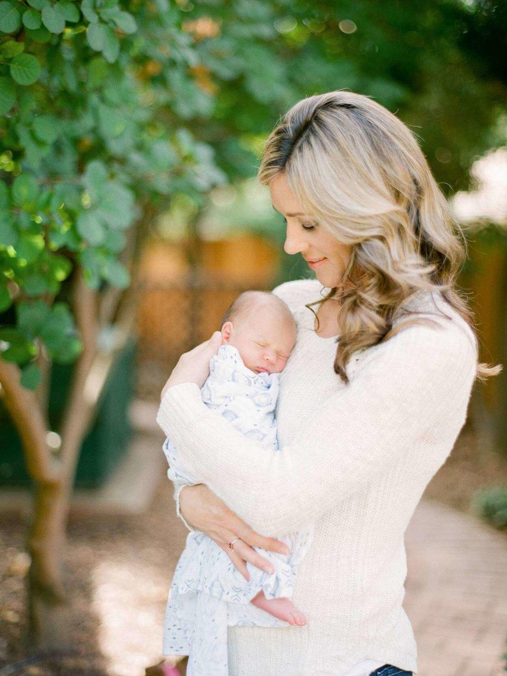 fresno-newborn-photographers-elisabeth-kate-studio_0461.jpg