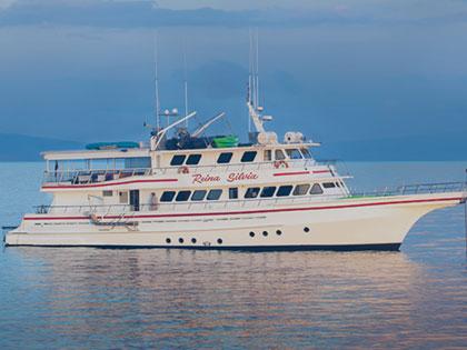 Deluxe Yacht Reina Silvia