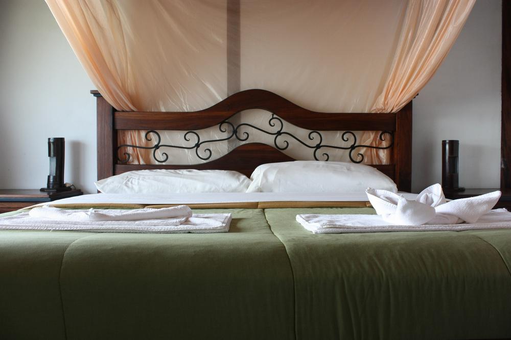 queen-bed2.jpg
