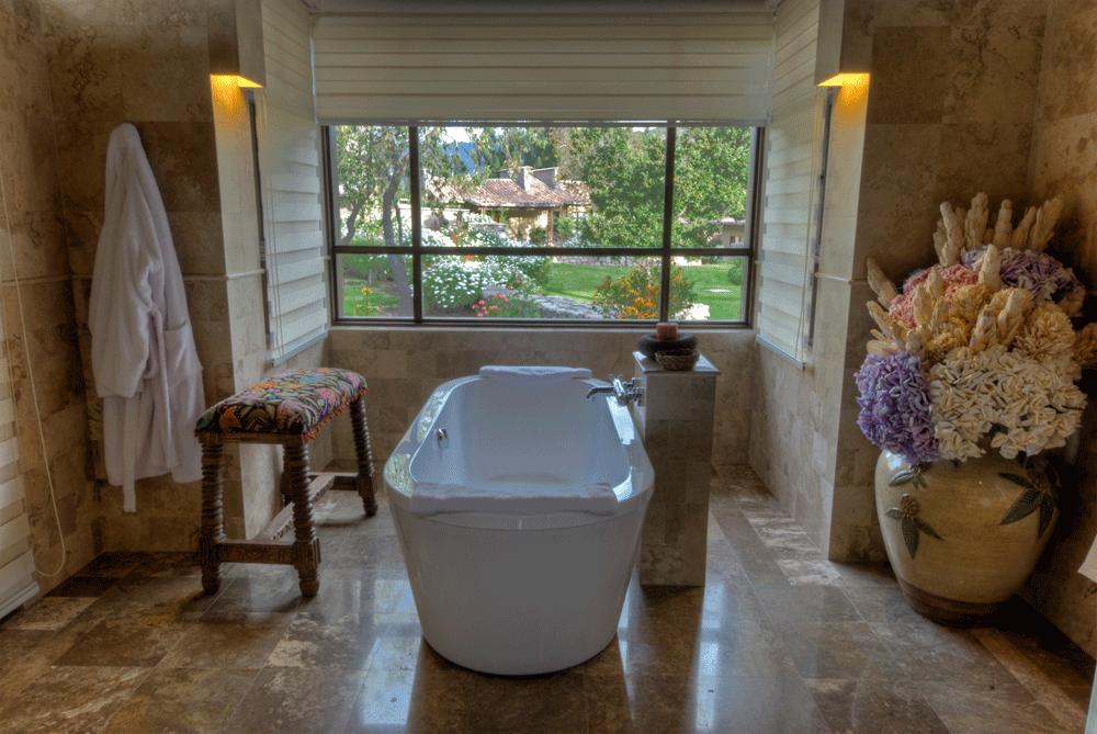 Premium Casita Bath