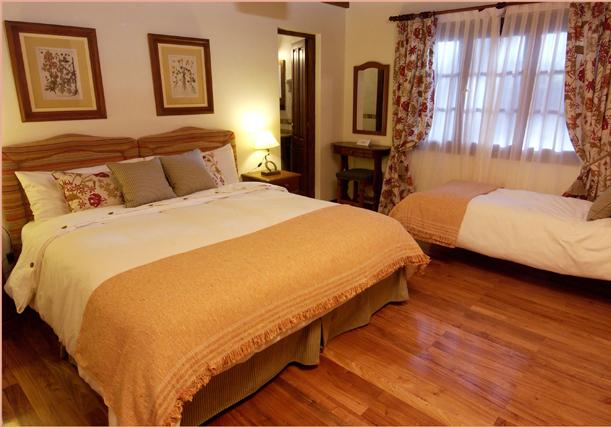 triple_room.jpg
