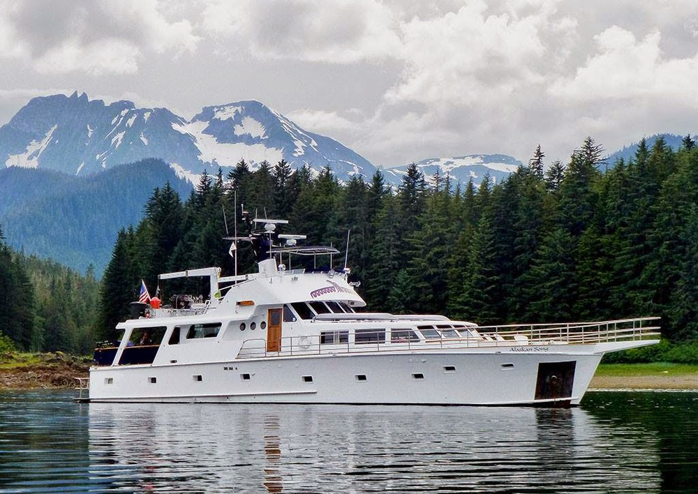 ALASKAN SONG - Weekly private charters through Alaska's Inside Passage