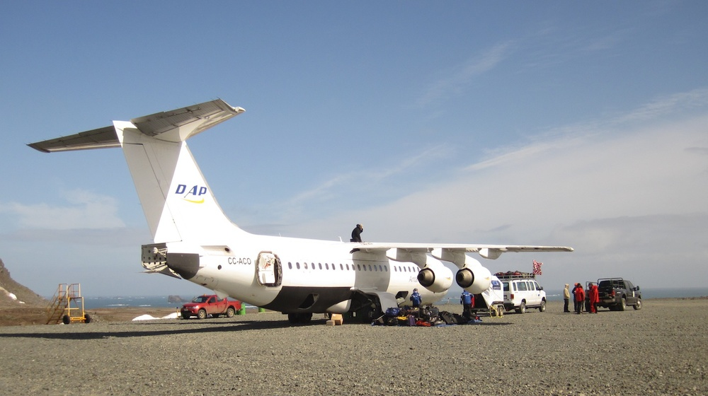 Charter flight to Antarctica. Photo: Antarctic XXI